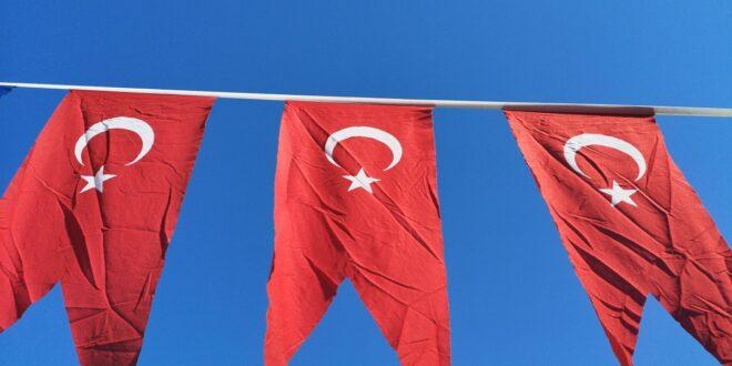 Turkey Bans Cryptocurrencies